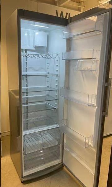 Frittstående kjøleskap